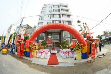 Khách sạn Huỳnh Đức 2