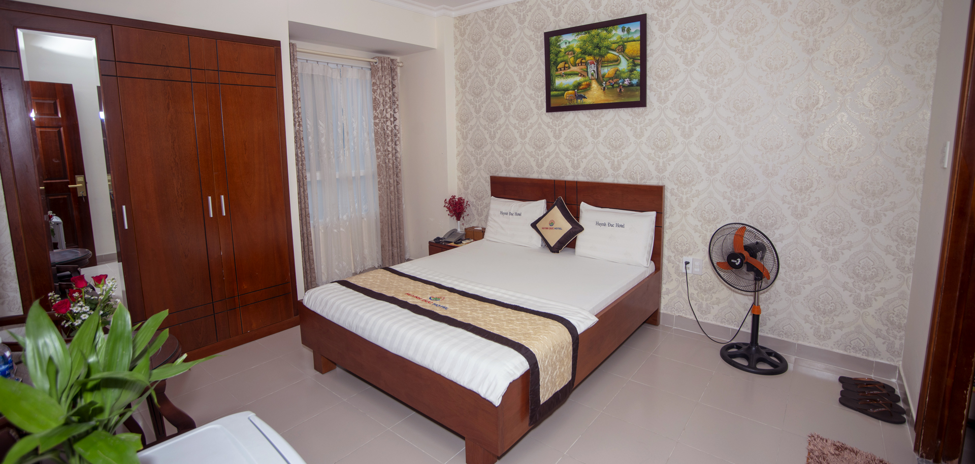 VIP 1-Standard Room