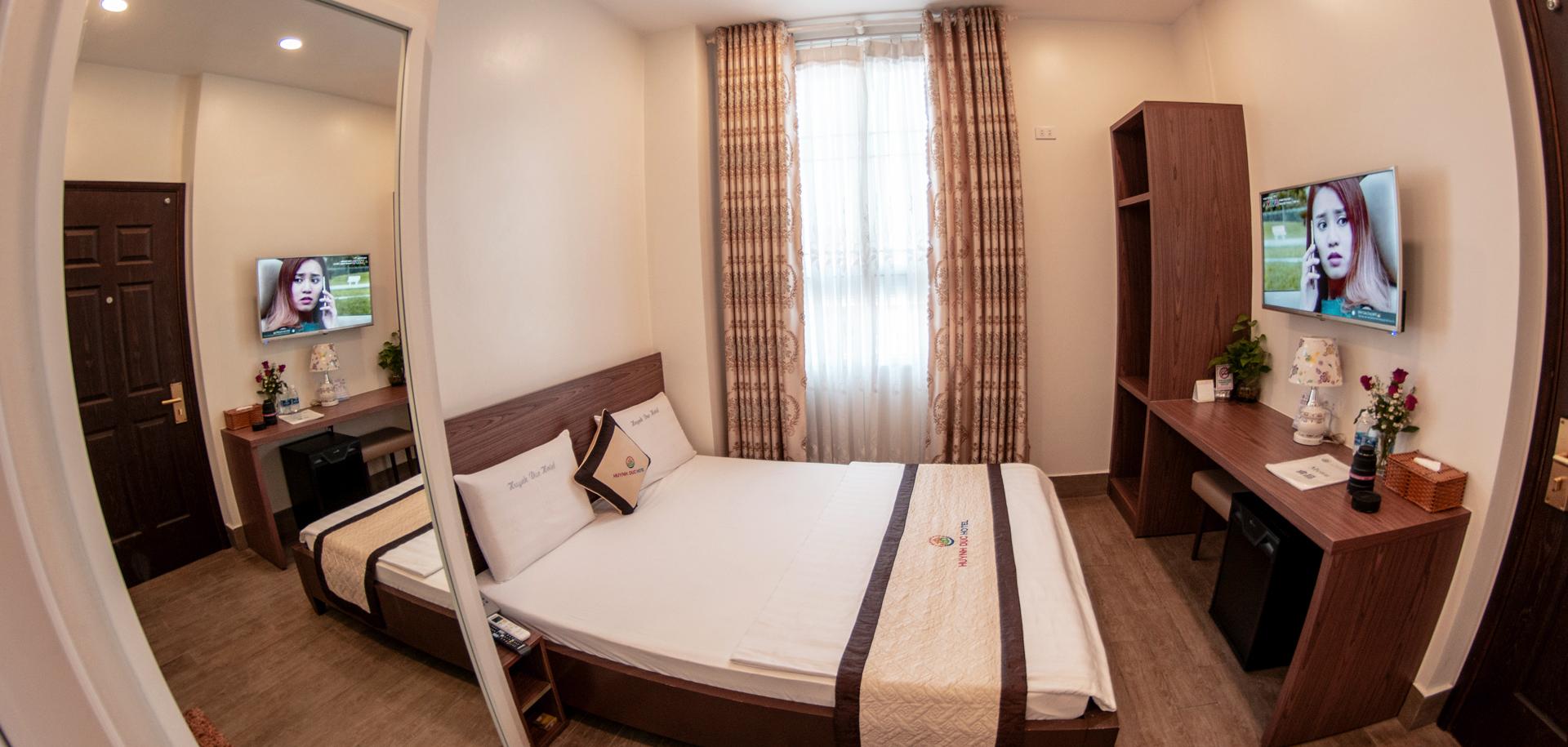 VIP 6- Economy Room