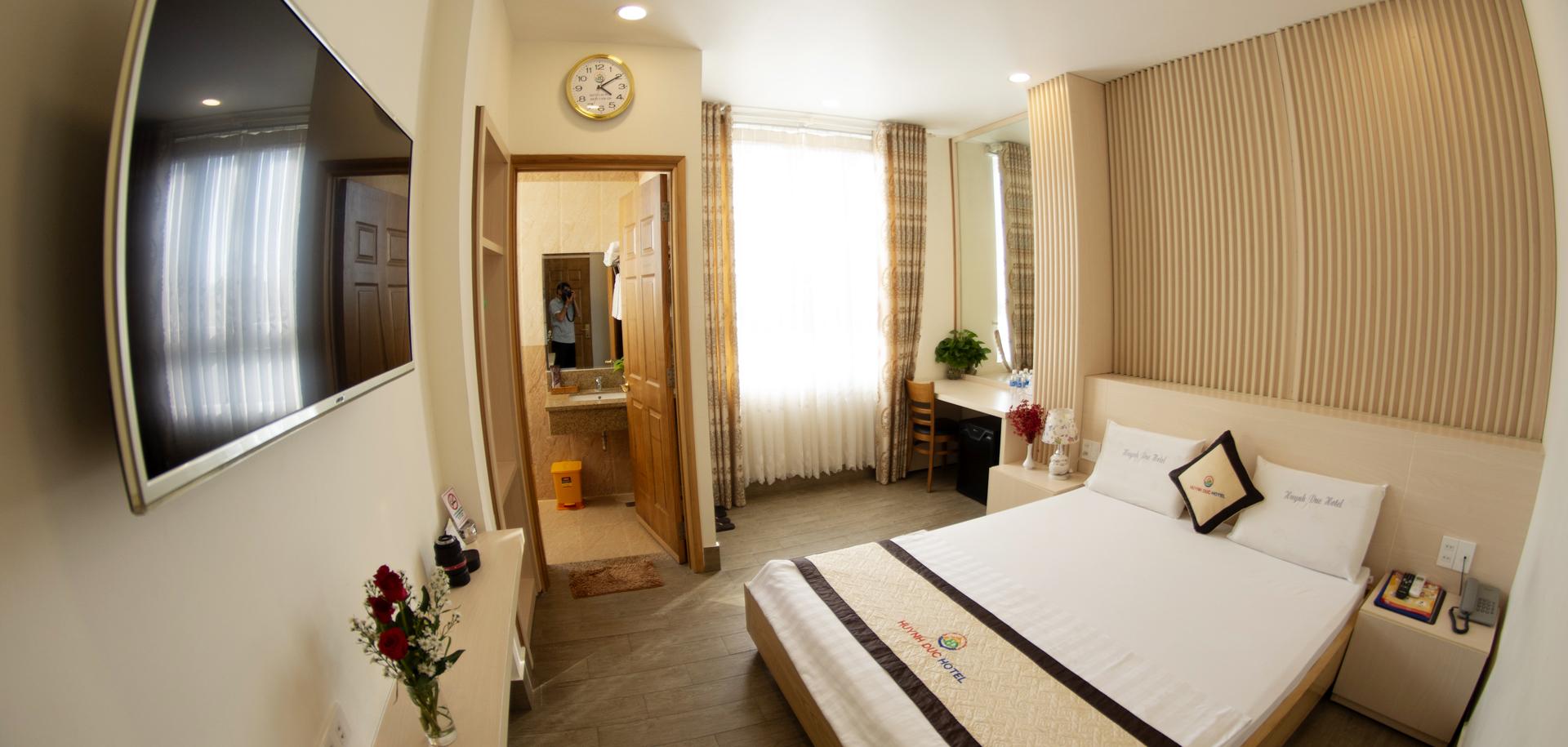 VIP 7- Deluxe Room